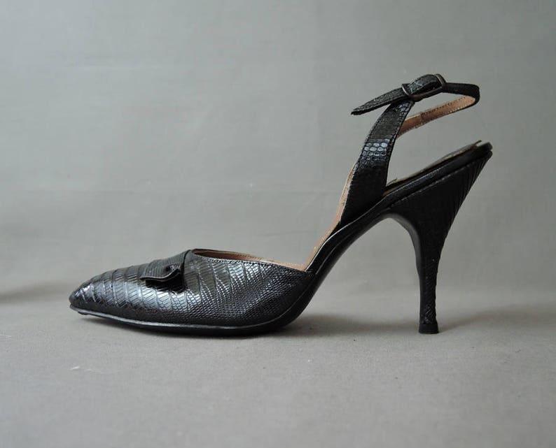 cb6716bd2ea Vintage 1950s Black Shoes Size 7-1 2 Pointy Toe Slingback