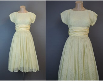 Vintage 1950s Yellow Party Dress, fits 34 inch bust, Sheer with Dots, Full skirt, some issues
