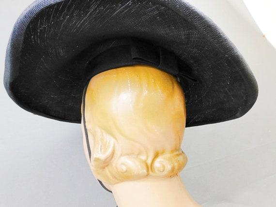 Vintage Black Straw Wide Brim Hat with chin ties,… - image 9