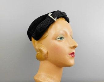 Vintage Black velvet Hat with Satin Trim & Rhinestones, 1950s Evening