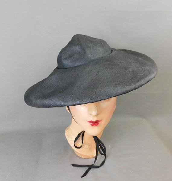 Vintage Black Straw Wide Brim Hat with chin ties,… - image 1