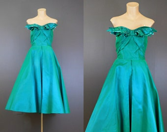 Vintage 1950s Fred Perlberg Strapless Green Evening Dress, 37 inch bust, Sequin Leaves, some issues