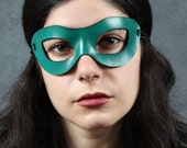 Incognito Leather mask in teal