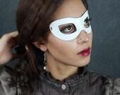 Incognito Leather mask in white