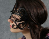Swirly leather mask  for glasses
