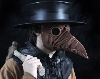 Stiltzkin leather plague doctor mask in brown