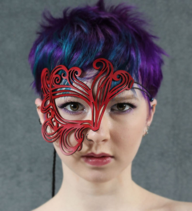 Bemused cut out leather mask in red image 0