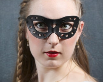 Mini Hearts Leather Mask in Black