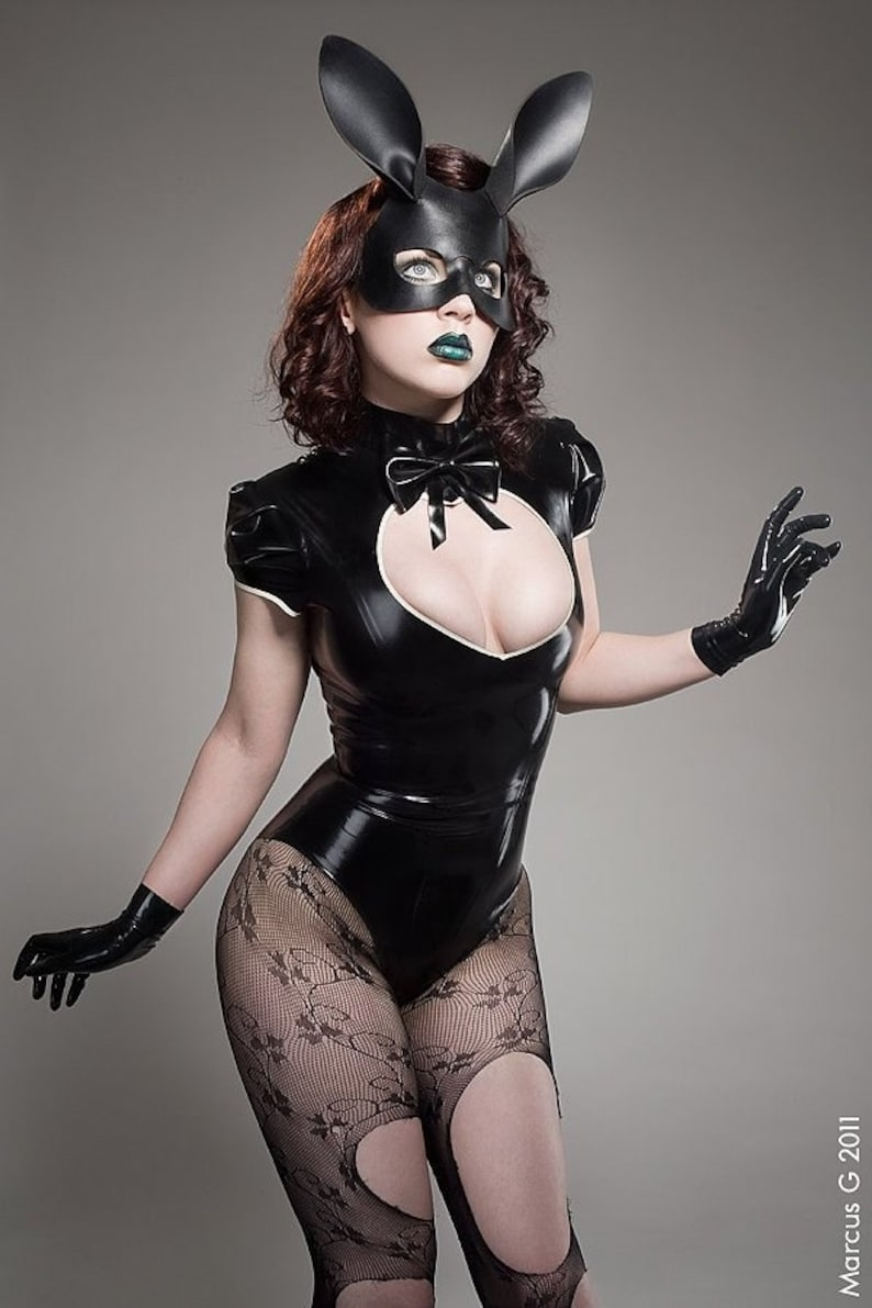 Bunny leather mask in black image 0