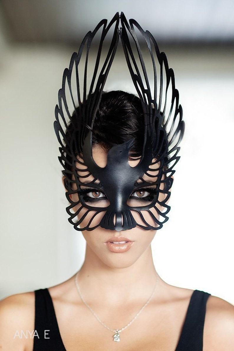 Raven leather mask image 0