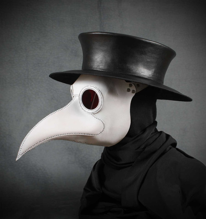 Plague Doctor's mask Maximus in white leather image 0