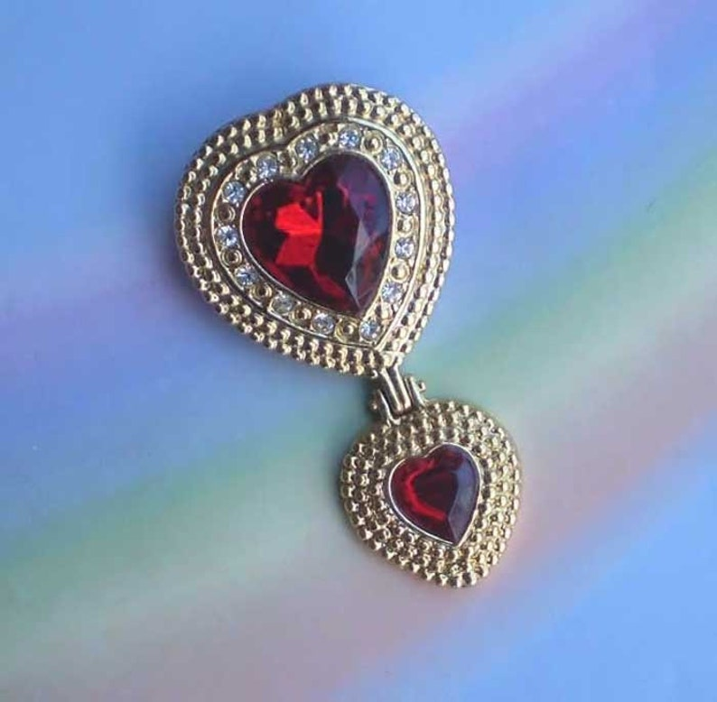 Vintage 80s Victoria's Secret Double Heart Pin image 0