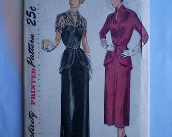 Vintage 40s Evening or Daytime Peplum Dress Uncut Pattern 34 28 37