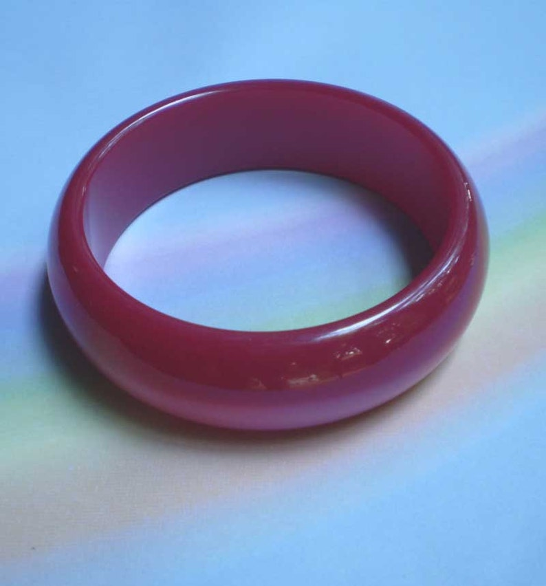 Vintage 50s Moonglow Lucite Bangle Bracelet Rose Red image 0