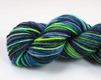 Sherlock--hand dyed worsted weight, merino superwash (218yds/100gm)