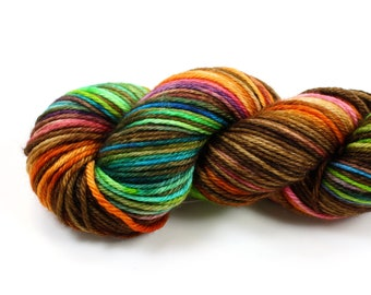 Sidewalk Chalk--hand dyed worsted weight, merino superwash (218yds/100gm)