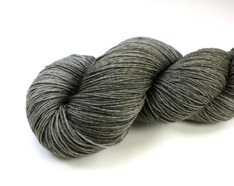 Charcoal--hand dyed sock weight yarn, BFL superwash (655yds/150gm)