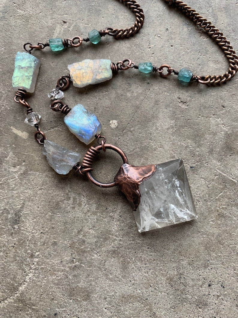 Healing Crystal Necklace / Raw Crystal / Statement Necklace / image 0
