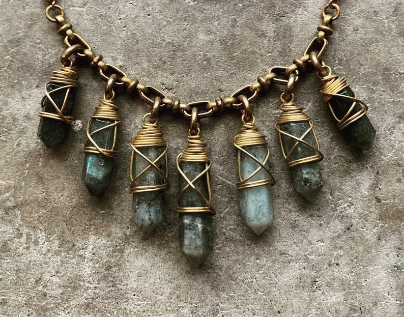 Crystal Necklace / Labradorite / Statement Necklace / Wire image 0