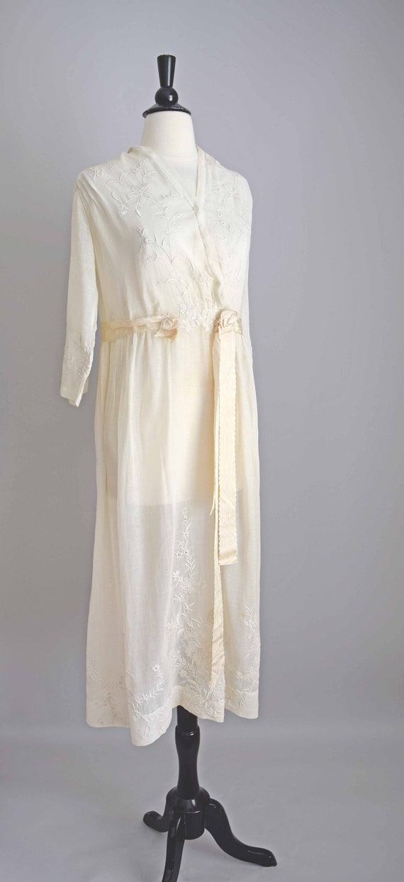 1910s off white cotton voile dress | embroidered … - image 5