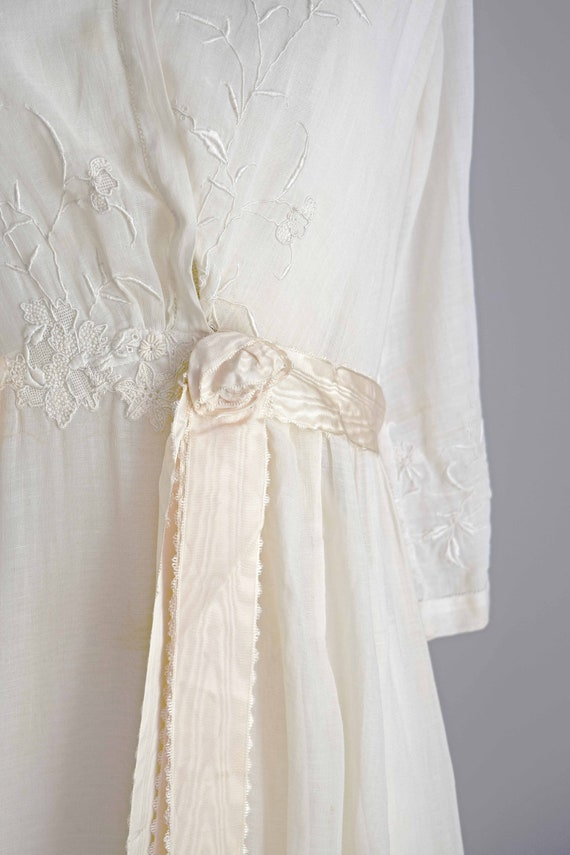 1910s off white cotton voile dress | embroidered … - image 3