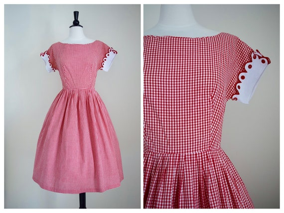 No Ants At This Picnic Dress | 1950s Gingham Dress