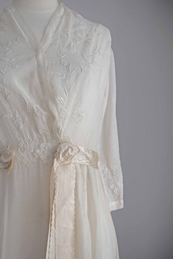1910s off white cotton voile dress | embroidered … - image 4