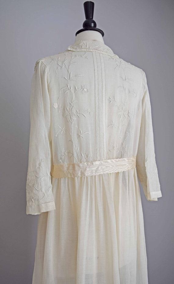 1910s off white cotton voile dress | embroidered … - image 8