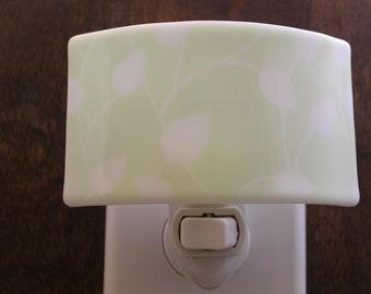 Pastel Green Vine Night Light, Leaf Night Light, Bathroom Night Light, Baby's Room, Green Leaf, Soft Green Night Light, Gift for Gardener
