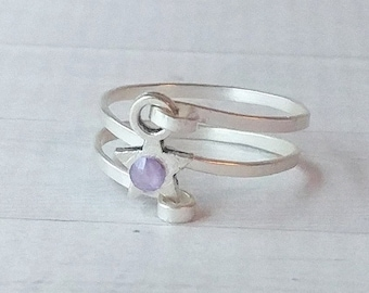 Hammered spiral silver ring with silver star and lilac Swarovski crystals, textured woman's ring