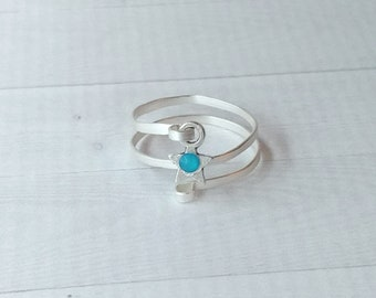 Hammered spiral silver ring with silver star with azure blue Swarovski crystal, textured woman's ring