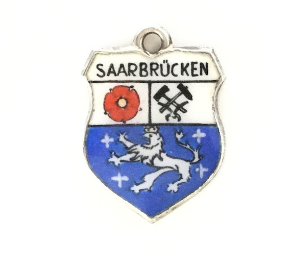 image 0 image 1 image 2 image 3 ????zoom Saarbrücken Germany - Vintage Enamel Souvenir Travel Shield Bracelet Charm - 800 Silver
