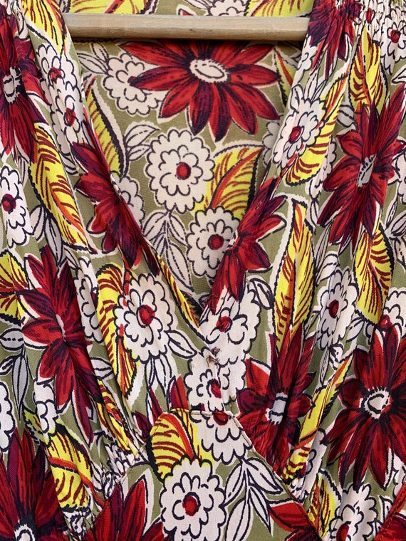 Very Rare Vintage 1940's Jersey Knit Rayon Floral… - image 4