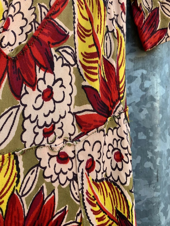 Very Rare Vintage 1940's Jersey Knit Rayon Floral… - image 6