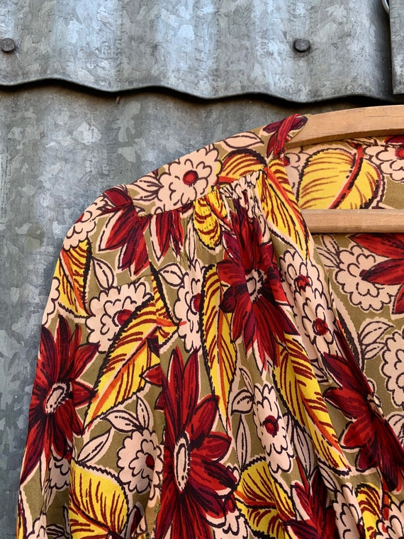 Very Rare Vintage 1940's Jersey Knit Rayon Floral… - image 3