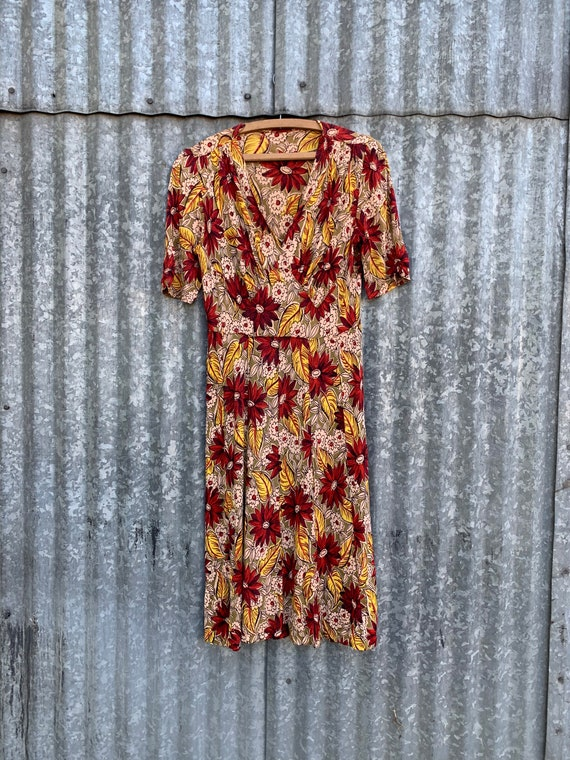 Very Rare Vintage 1940's Jersey Knit Rayon Floral… - image 2