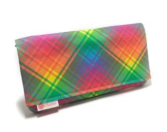 Rainbow plaid wallet. Women's wallet. Card wallets for women. Zipper wallet. Fabric wallet. Vegan wallet.