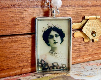 Lina - Lina Cavalieri pearl and crystal necklace - art necklace - swarovski crystal