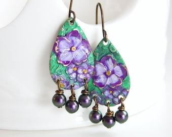 Evalina - hand painted purple flower earrings - purple pearl earrings - pansy floral earrings - rustic earrings