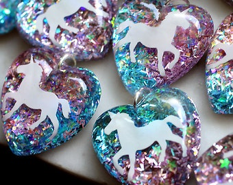 Unicorn Necklace, Unicorn Pendant, Pink Blue Glitter Pendant, Resin Heart Pendant, Girl's Unicorn Necklace, Sparkly Necklace Pink Chain