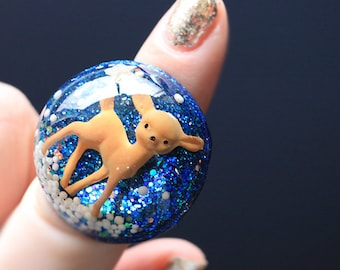Jewelry - Ring - Deer - Fawn Baby Deer in Small World - Resin Dome Ring with Sugar Snow & Glitter - Winter Wonderland - Handmade by isewcute
