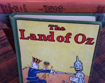 Set of 4 fabulous vintage OZ books