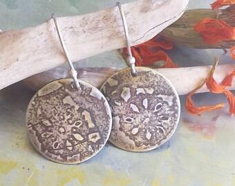 Daisy lace sterling silver earrings