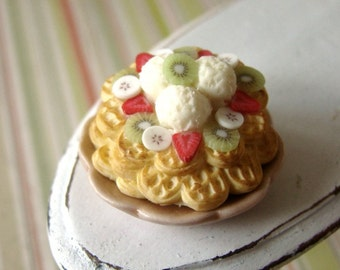 RESERVED for angiefoschi ---- RING Waffle Stack with Vanilla and Fresh Fruit - 1/12 miniature