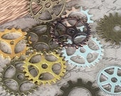 100 Pieces Steampunk Gears Cog Parts for Altered Art Charms Clock Connectors Pendants Lead Free Mixed Color Bracelet Watch Clock
