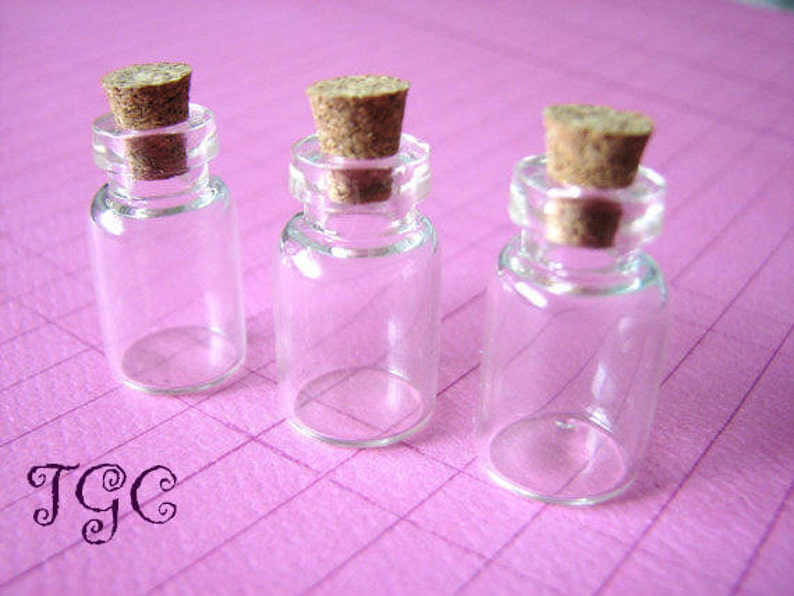 9a08a8b4fe89 10 Glass Vials Bottles Small Jars 23 x 13mm with Corks Miniature Jars Mini  Clear Containers Charms Bead Storage Tiny 1.5ml