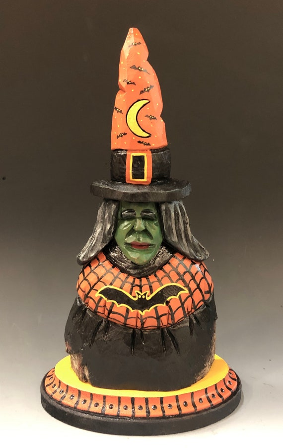 HAND CARVED original 9.5 tall Halloween Witch in base from 100 year old Cottonwood Bark