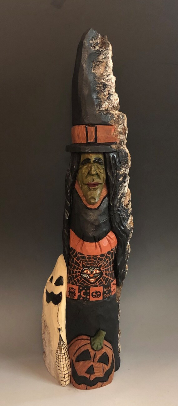 """HAND CARVED original 19"""" tall rustic Halloween Witch w/Ghost & JOL from 100 year old Cottonwood Bark"""