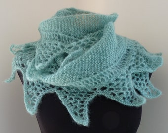 pdf pattern for the Shark Tooth Crescent Shawl by Elizabeth Lovick