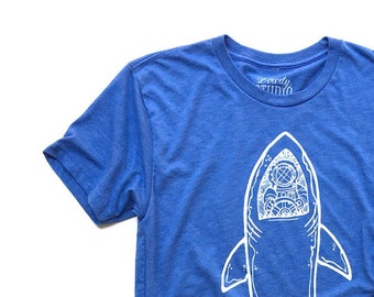 e2e24bdc Shark Driver // Adult Crew T-shirt